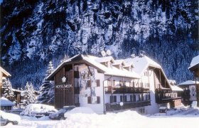 Hotel Medil Wellness (RED) - Val di Fassa-0
