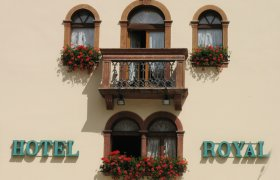 Hotel Meublè Royal - Cortina-1